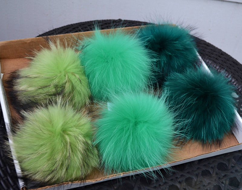 "7-8"" LARGE FUR POM Pom! High Quality Green Raccoon Pom Pom fo Hat Beanie Tuque Winter Knit Hat Large Pom Pom Fluffy Raccoon Pom Pom Fur Ball"