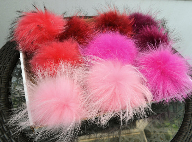 "8,5"" GENUINE FUR POM Pom! Large Pom Poms, Fur Pom Pom for Hat, Fur Pompom, Fur Ball, Bag Charm, Pompom, Fur Pom, Knit Hat, Real Fur, Red Pom"