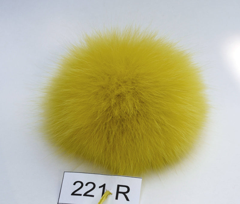 yellow fox pom pom
