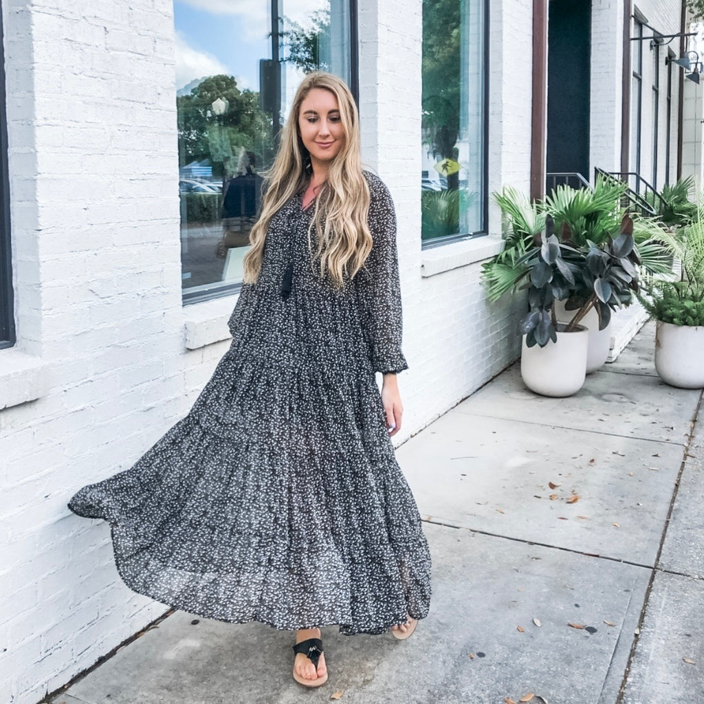 MY DEAREST DARLING BLACK FLORAL MAXI DRESS