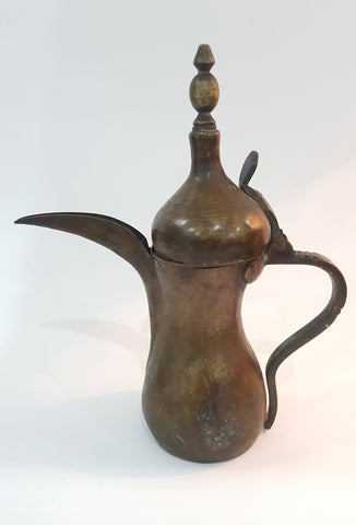 Antique Handmade Ibrahim Dallah Coffee Gulfport Brass Middle East Height 28 cm