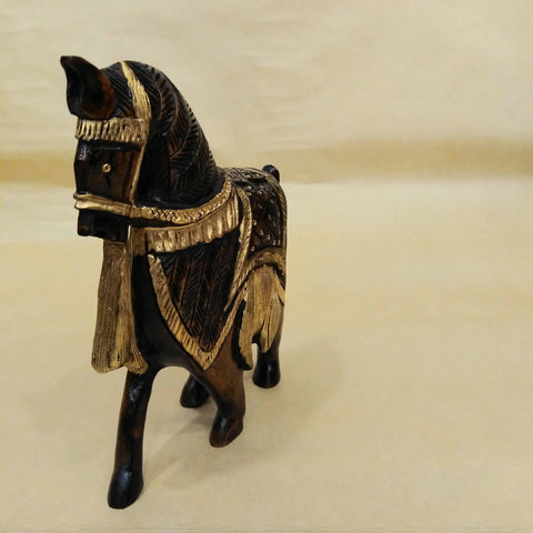 HORSE STATUTE ALL WOOD HAND CARVED VINTAGE