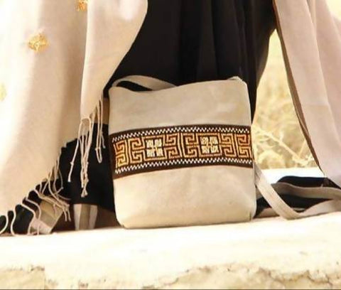 Fashion Women Hand Bags Zipper CROSS BAG off White Natural Leather Combine With Cotton Velvet Materials Embroidered By Silk Thread Handmade Palestinian Embroidery