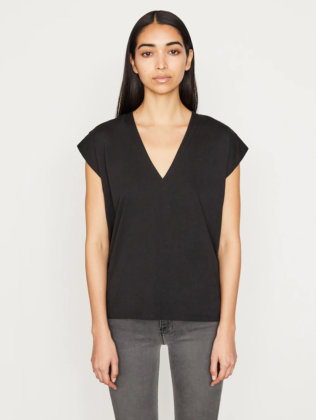 Le Mid Rise V Neck T-Shirt-FRAME-Over the Rainbow