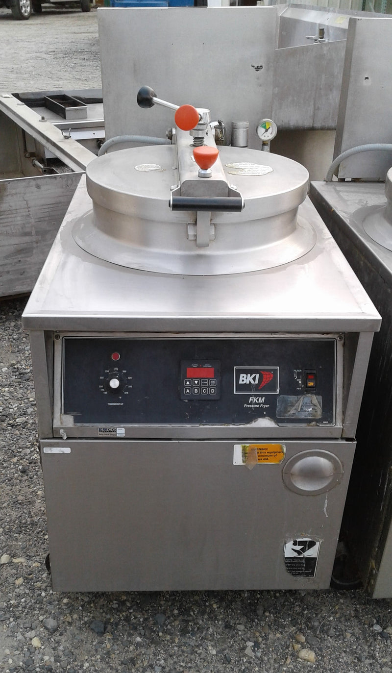 Used BKI Model FKM-F Pressure Fryer