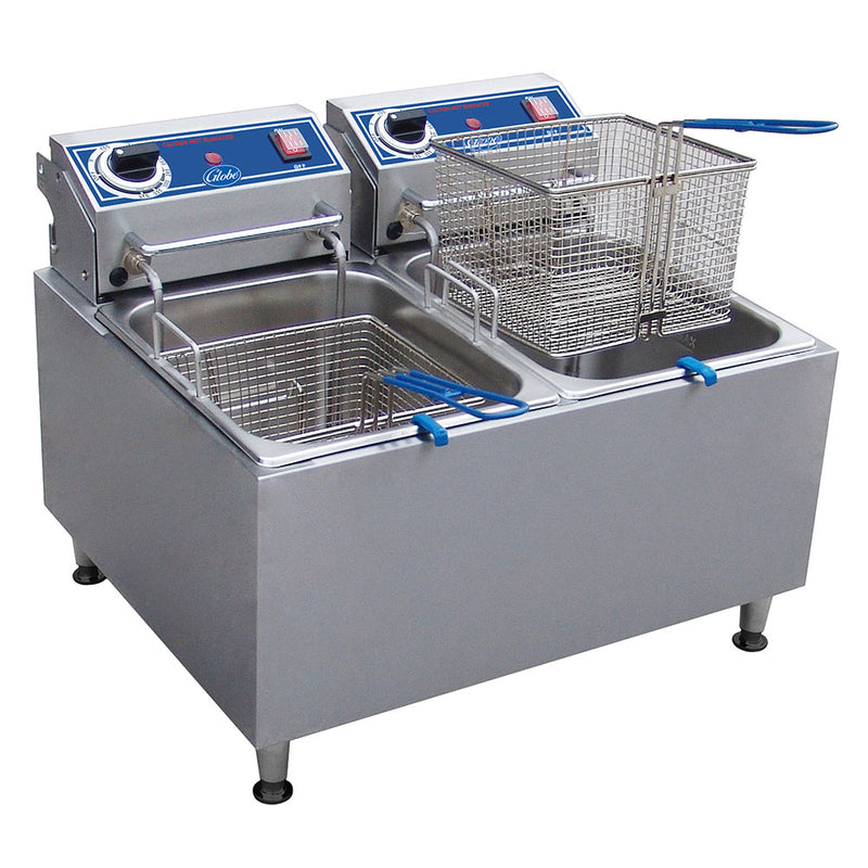 Globe PF32E Countertop 32lb. Electric Double Fryer