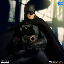 MEZCO ONE 12 BATMAN SUPREME KNIGHT