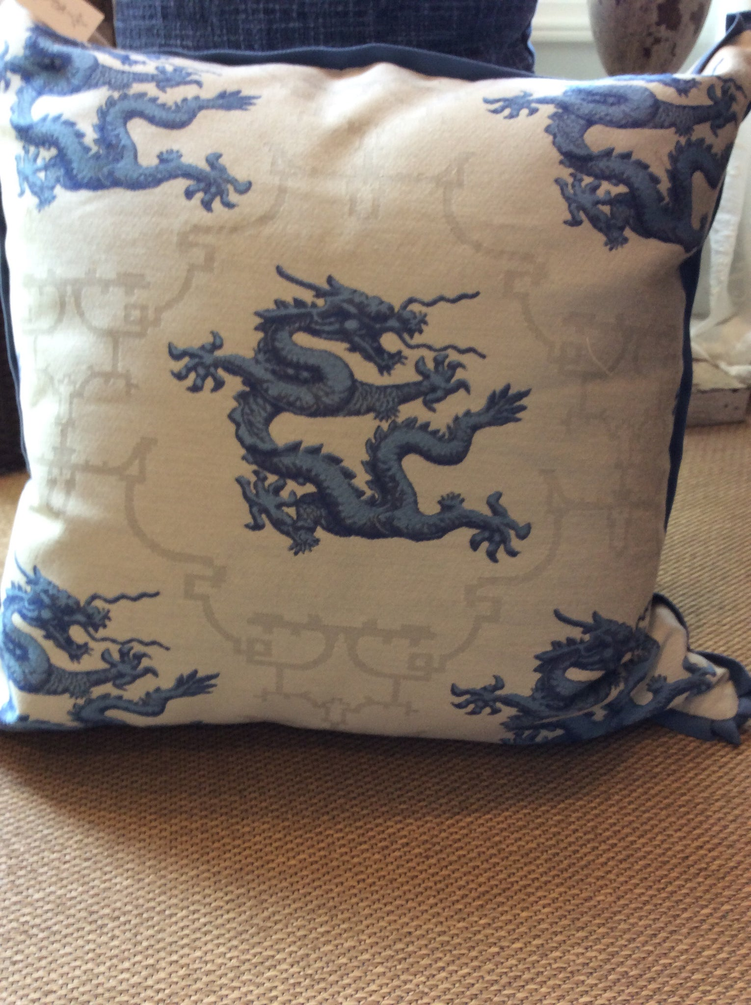Pillows - Blue Dragon w/ Flange Square F28575