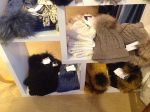 Celeste's Paris Collection 61465511 Knitted Hat