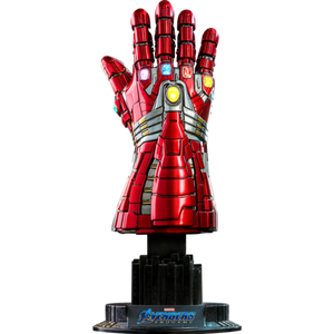HOT TOYS MARVEL AVENGERS: ENDGAME 1:4 NANO GAUNTLET - HULK VERSION