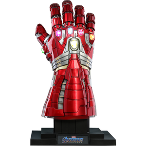 "HOT TOYS MARVEL 1:1 NANO GAUNTLET - HULK VERSION ""PRE ORDER Q4 2020"""