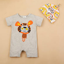 Animal super cute suit for baby. Hat included!
