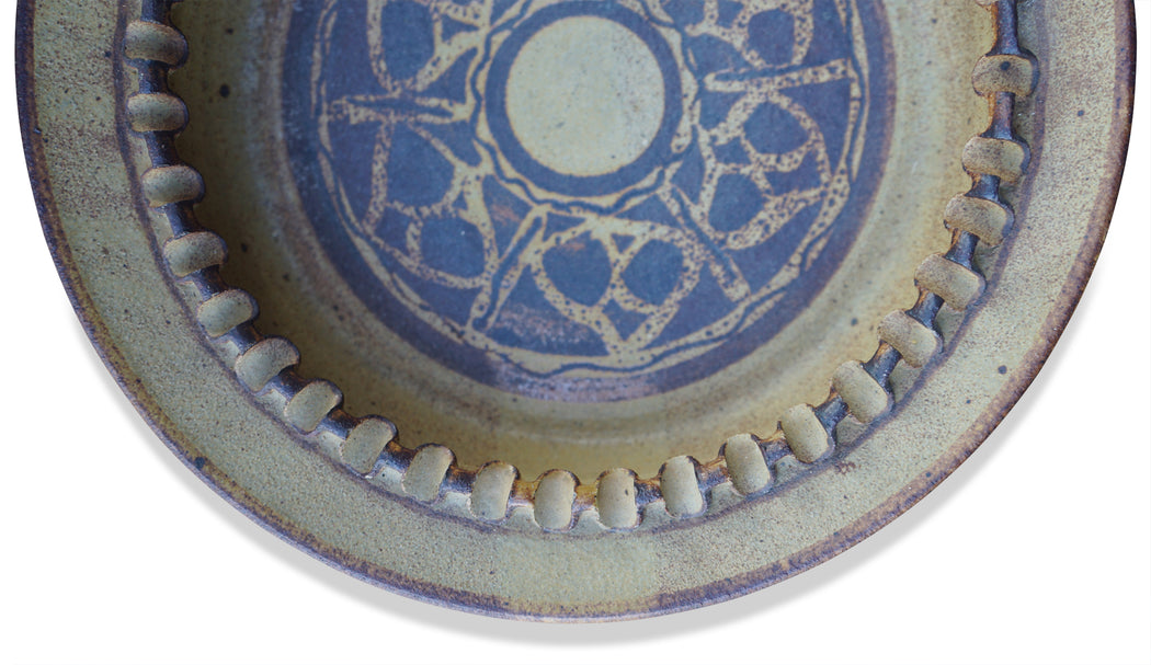 Ribbed Ceramic Dish