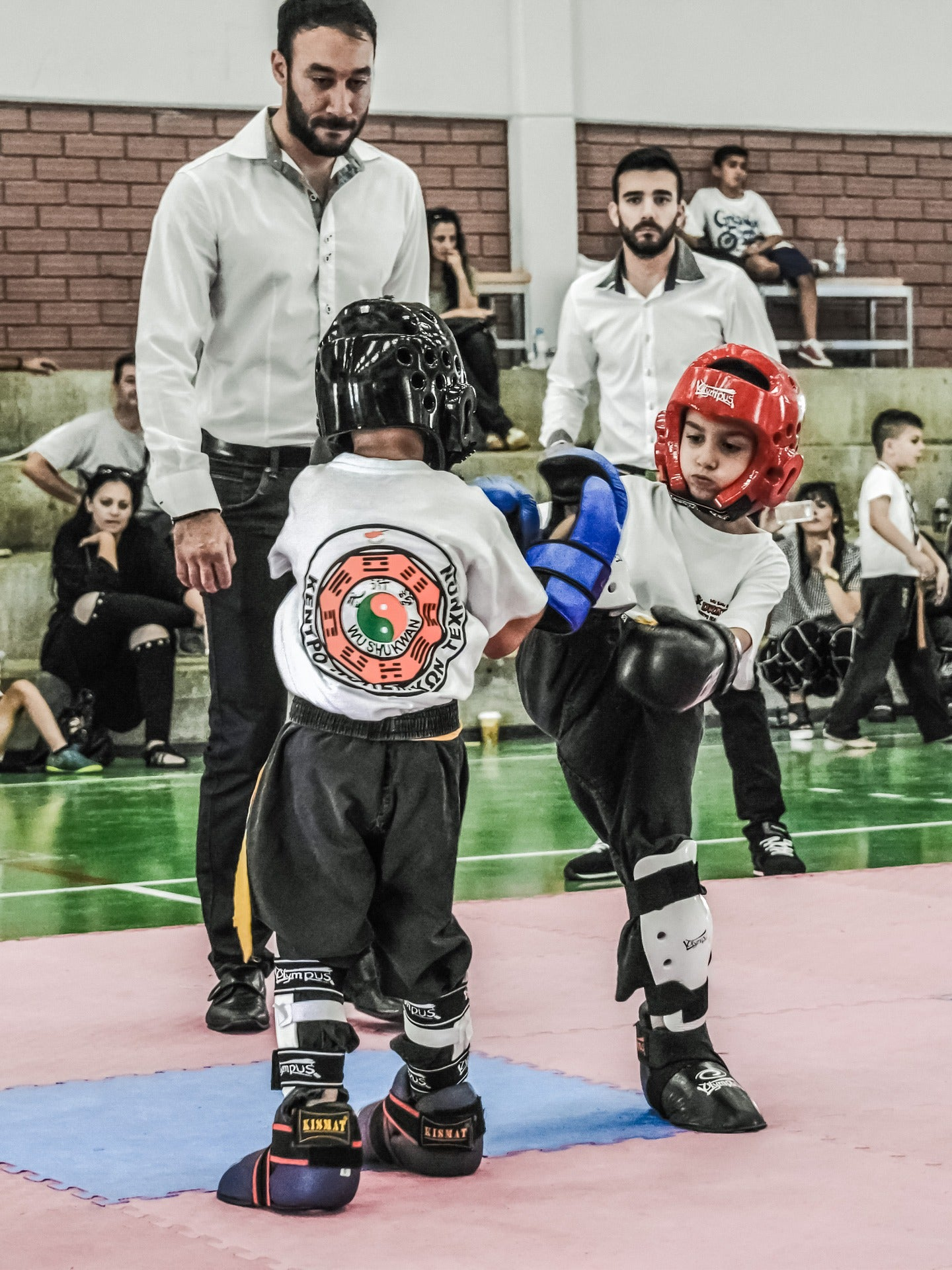 Boys Comfortable Protective Cup for Karate Keeps Son Safe