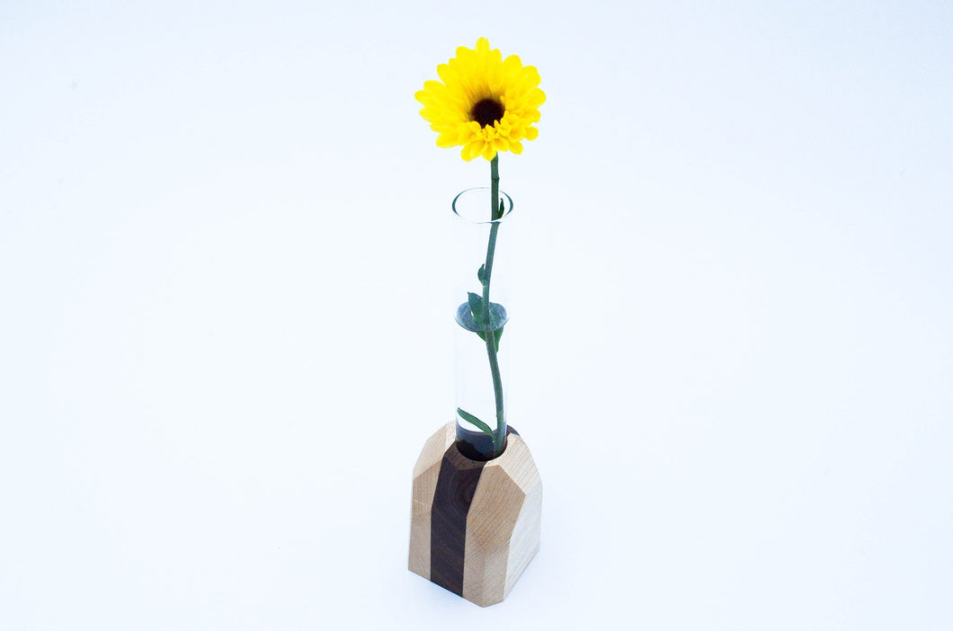 Home & Garden - Chiseled Wood Geometric Flower Vase