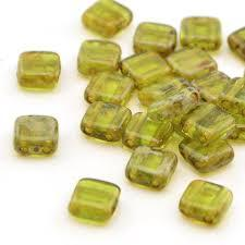CZT06-T50230  Trans olivine Picasso - 25 beads