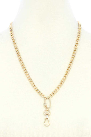 Oval Charm Curb Link Metal Necklace