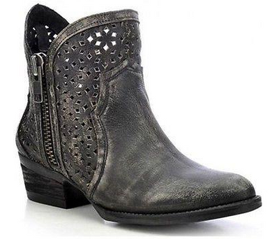Circle G by Corral Women's Shortie Cutout Bootie