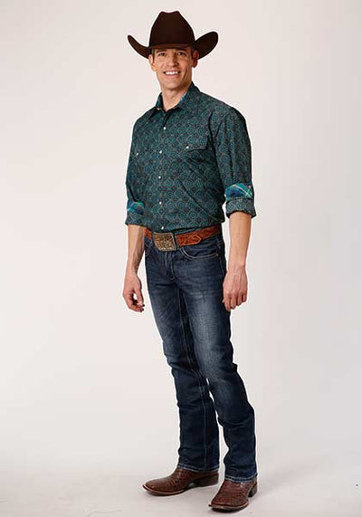 Roper Men's Pine Medallion Print Western Shirt