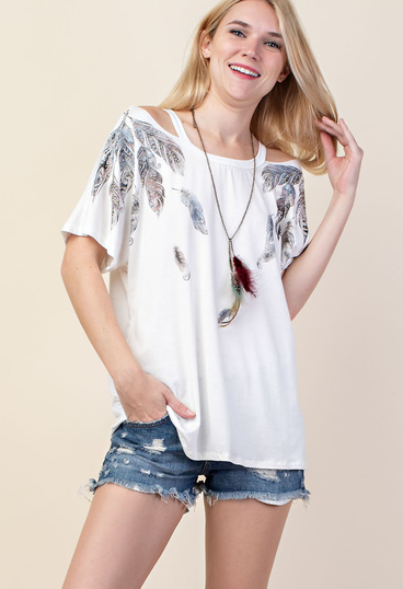 Vocal Apparel Women's Feather Short Sleeve Top