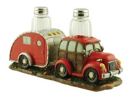 Wilcor International Woody Car/Camper Salt & Pepper Set