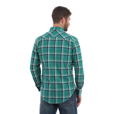 Wrangler Men's Plaid Retro Western Shirt