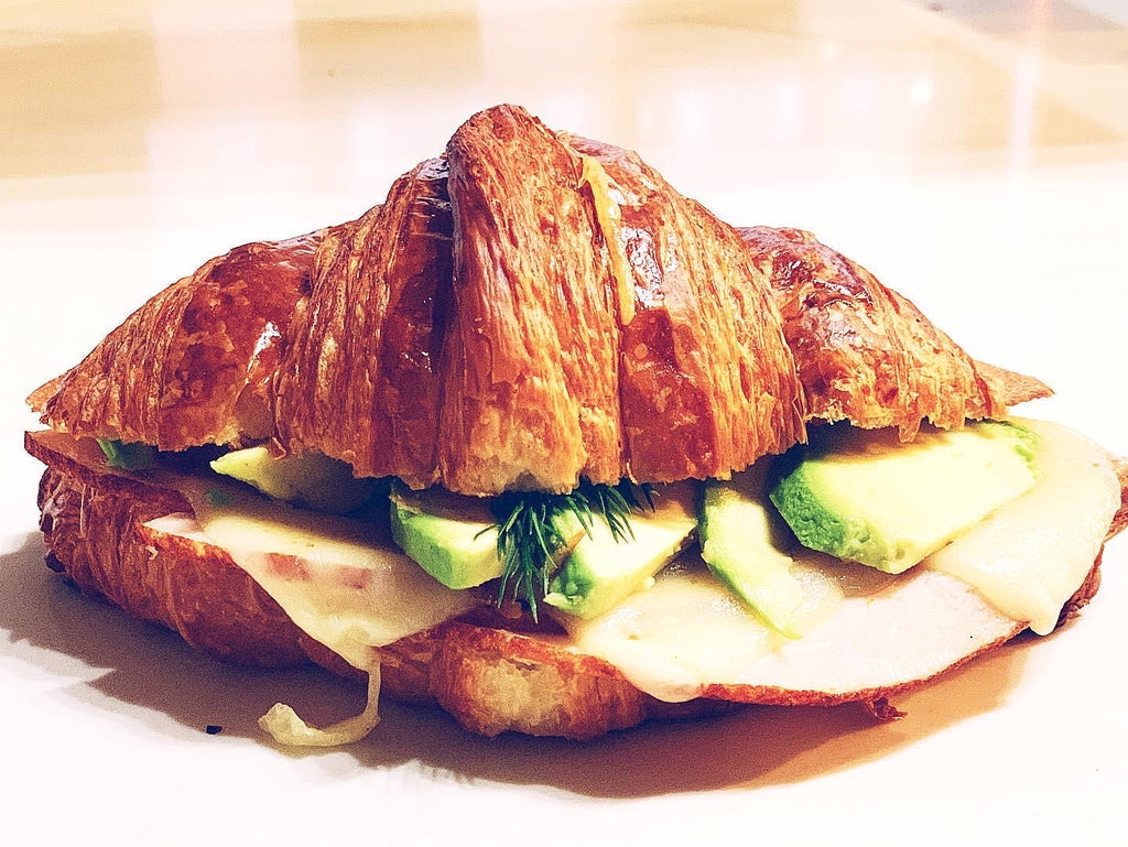 TURKEY//SWISS//AVOCADO
