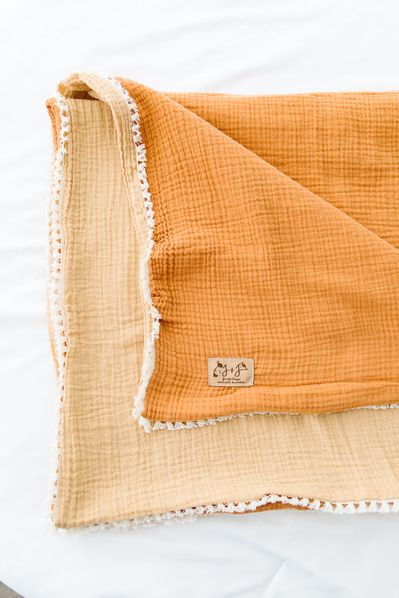 Two-Tone Gauze Quilt in Apricot and Pumpkin