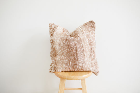 Luxe Minky Pillow Cover - Classic Fawn