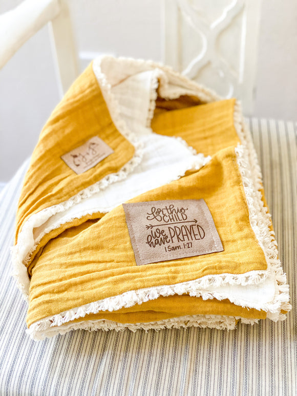 Two-Tone Gauze Quilt in Goldenrod - Lovey with Lace Trim