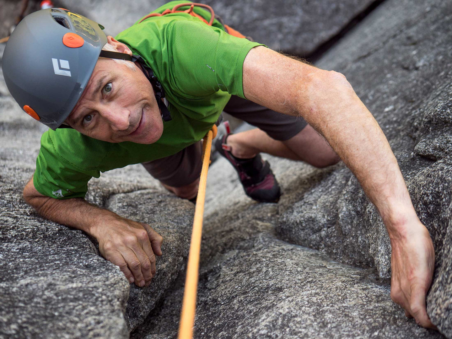 Introduction to multi-pitch rock climbing in Squamish