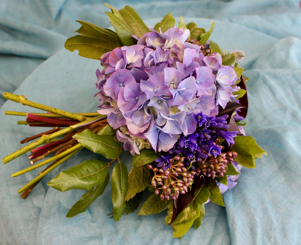 Hand-tied Bouquets BASICS - Saturday 17th October 10 am-12 noon