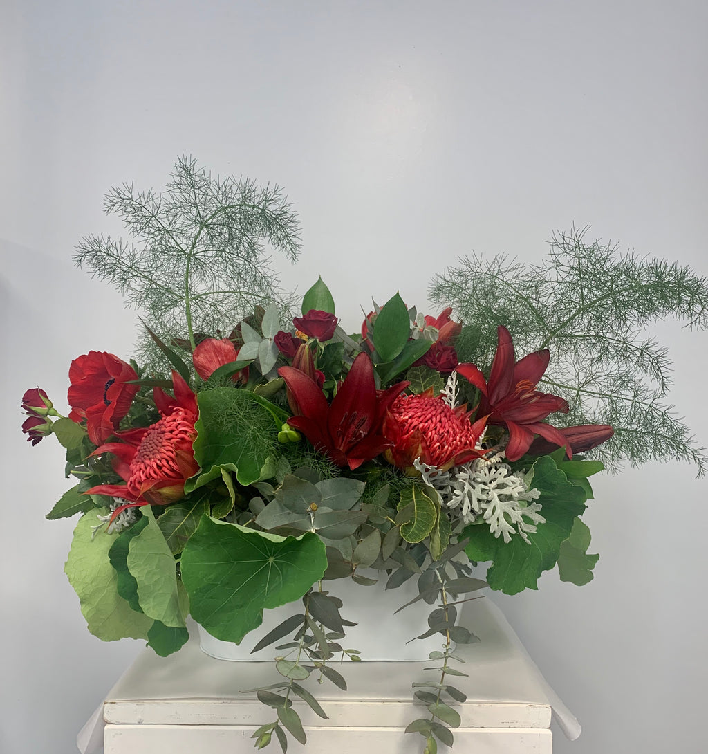 Christmas Arrangement Saturday 12th December 10-12