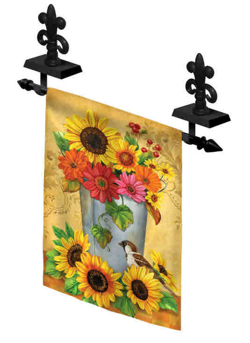 MANTEL GARDEN FLAG HOLDER