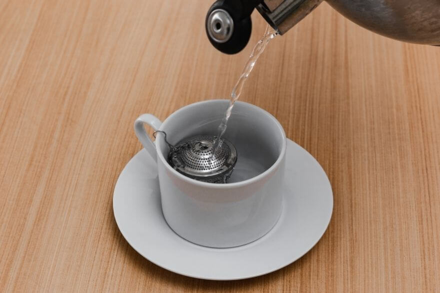 How To Use A Tea Infuser