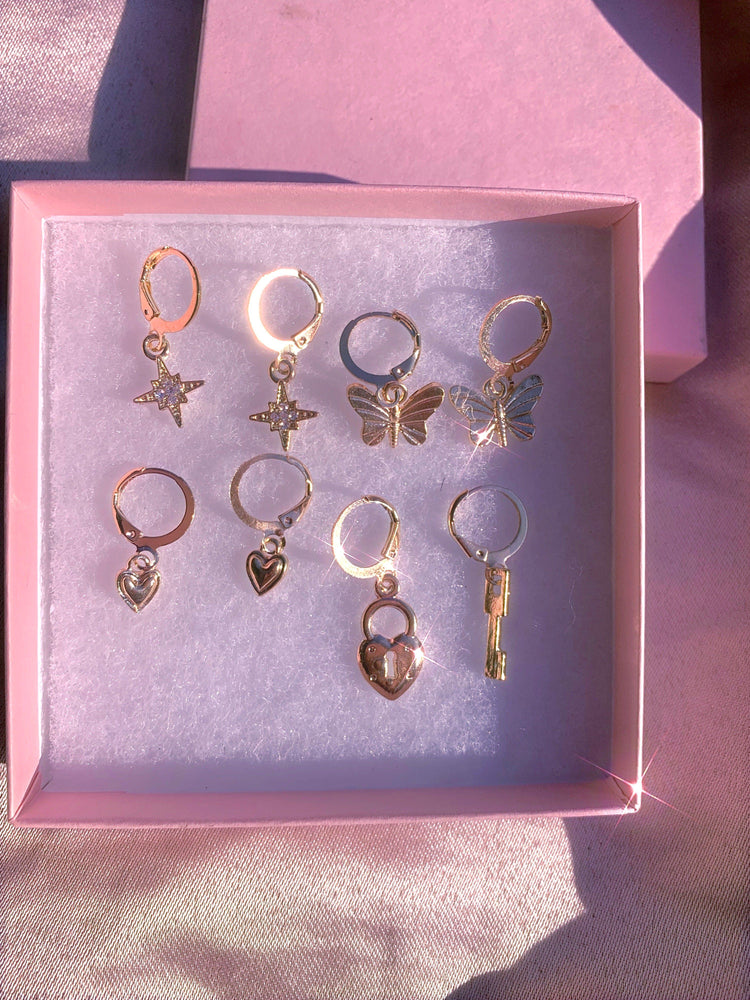 Gift Box Earrings 4 Pairs 🦋💕