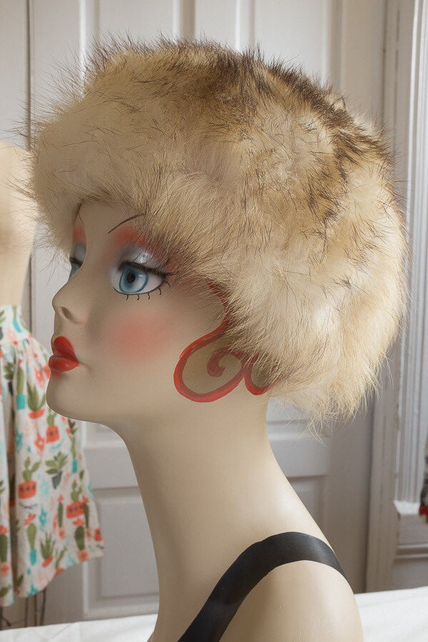 Sunglow Fox Fur Lilly Daché Cloche | Vintage 1960s