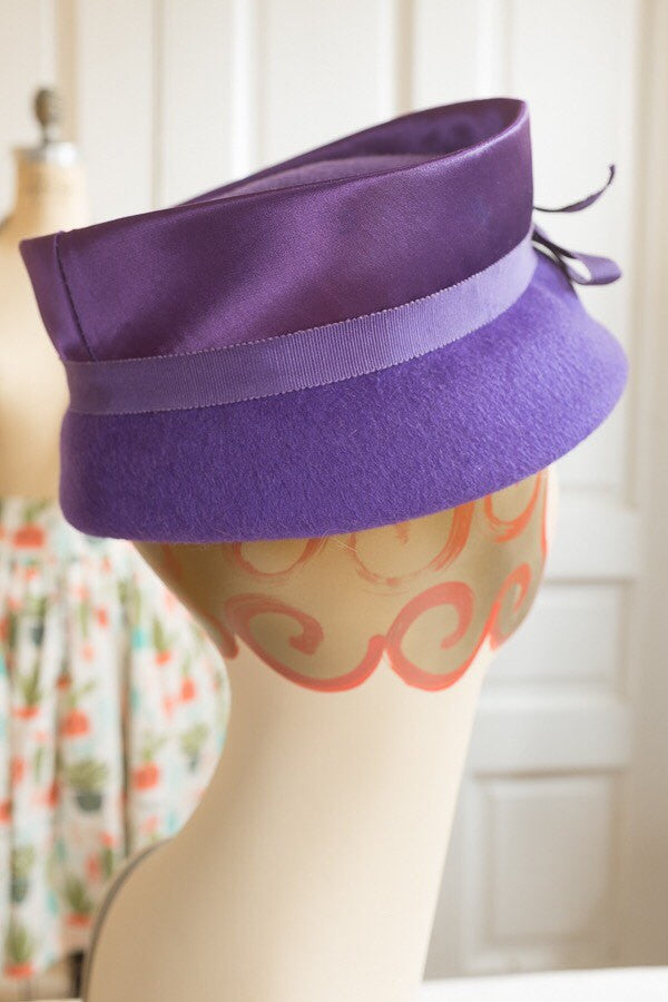 Purple Wool Felt Hat with Satin and Grosgrain Trim | Vintage 1960s