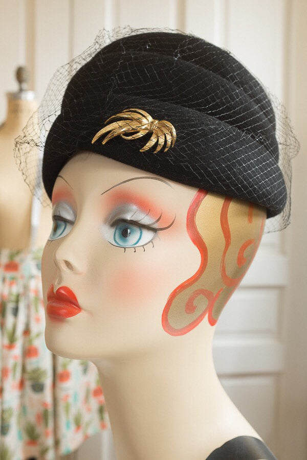 Black Felt 'Henry Pollak'  Beehive Hat with Netting and Gold Tone Brooch | Vintage 1960s