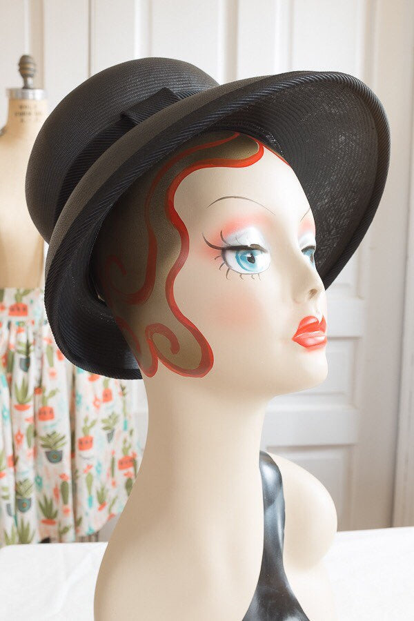 Black Deep Cloche with Ribbon |  Vintage 1960s