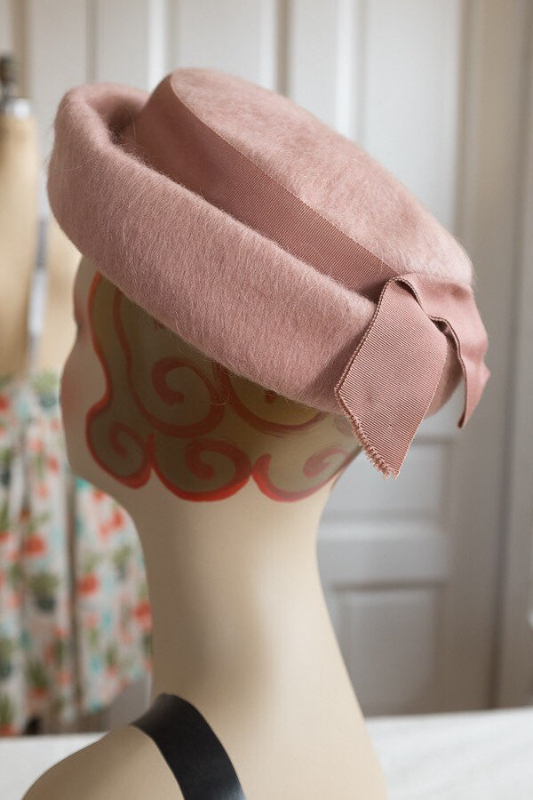 Rose Pink Wool Bumper Halo Hat with Grosgrain Bow | Vintage 1960s