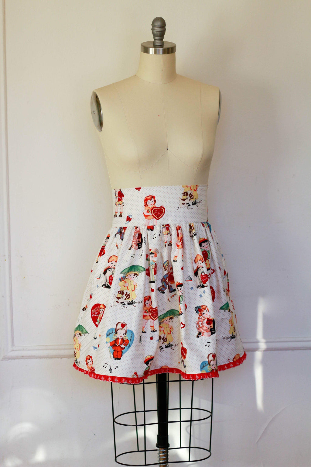 Vintage Valentine Dirndl Skirt | Ready to Wear Size 14