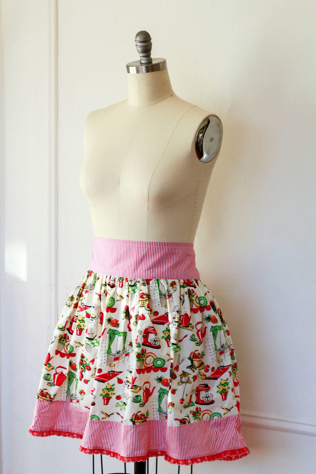 Vintage Kitchen Print Dirndl Skirt | Ready to Wear Size 16