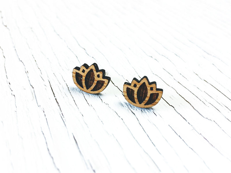 Little Leaf Dangle Earrings