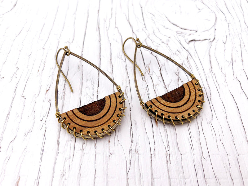 Diffuser Wire Weave Teardrop Dangle Earrings