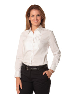 Benchmark Women's Stretch Tuck Front Long Sleeve Shirt