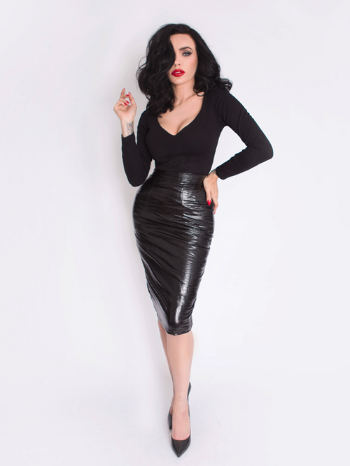 IN-STOCK - Black Marilyn Top