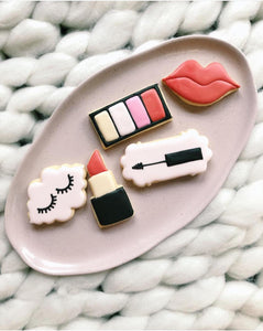 Kiss & Makeup - Sugar Rush by Steph