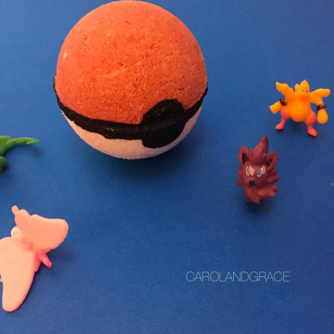 CATCH EM ALL TOY SURPRISE BATH BOMB