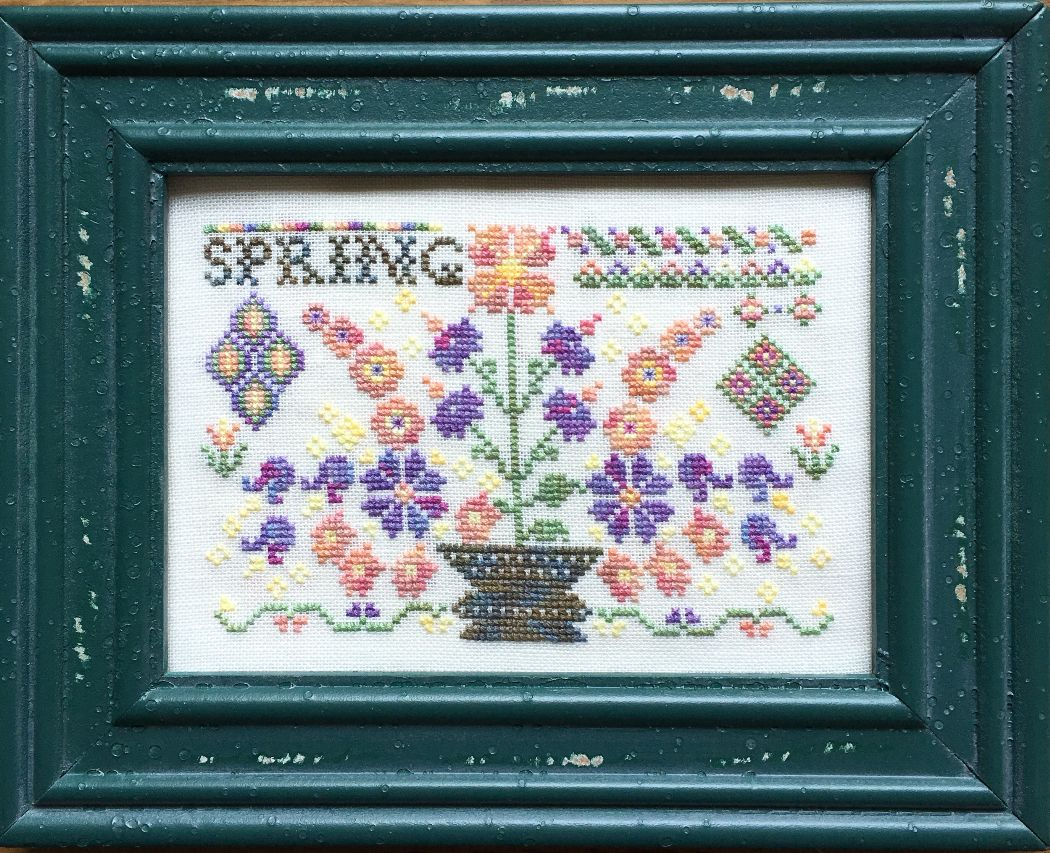 Rosewood Manor - Spring - with Thread Pack